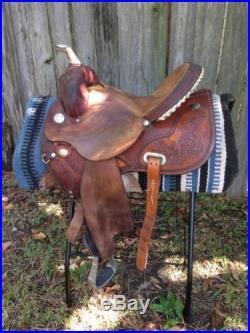 15 Circle Y Flex-lite Barrel Saddle lightweight, beautiful tooling