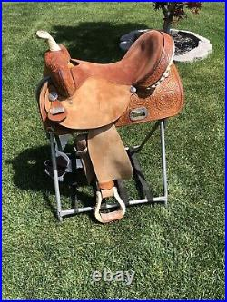 16 Circle Y The Proven Barrel Saddle