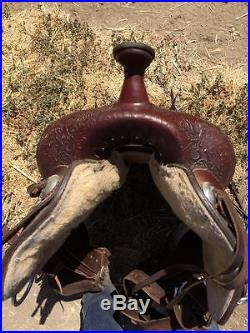 16 Circle Y Wichita Park and Trail Equestrian Saddle