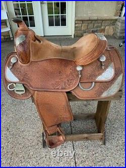 16 Dale Chavez Custom Show Saddle
