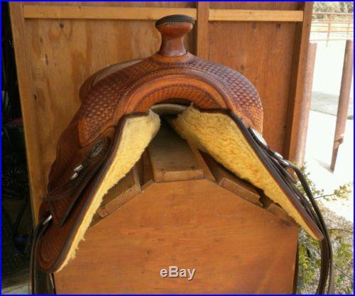 16 inch Bob's reining saddle