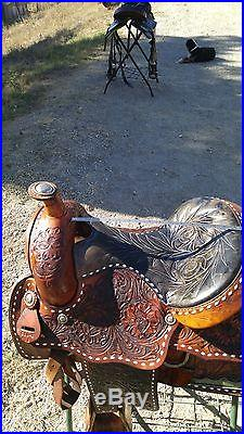 16 inch Hereford Tex Tan Western saddle with sterling silver and buckstiching