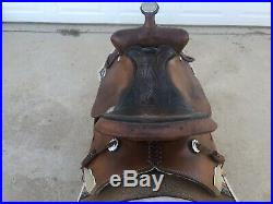 16 inch used Simco all around western saddle. In good condition