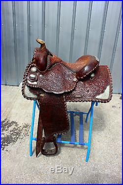 44-4 Circle Y 15 show saddle with sterling silver corner plates super nice