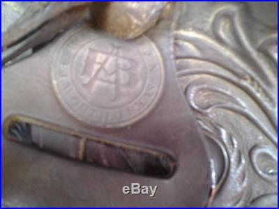 Beautiful Bona Allen saddle