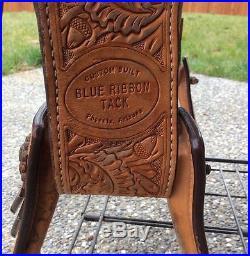 Blue Ribbon Saddle