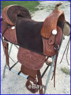 Bob Marshall Treeless Sport Saddle, Tooled tan, 17