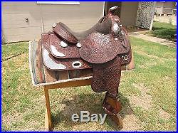 Broken Horn showithtrail saddle 16 seat