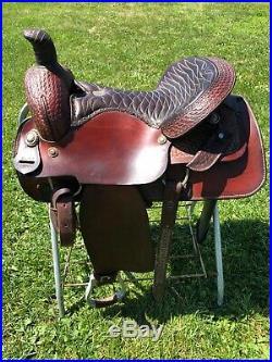Buffalo Saddlery 17 inch Western Saddle