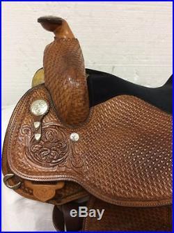Circle Y 16 Western Show Saddle #2643 Used Regular Quarter Horse Bar
