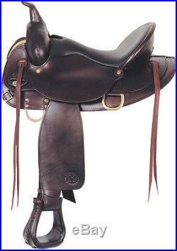 Circle Y Chisholm Flex Lite Western Trail Horse Saddle Walnut 16