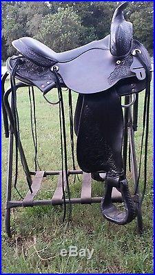 Circle Y High Horse Round Skirt Gaited Saddle