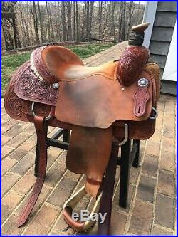 Circle Y Roping Saddle, Bigsby Roper, 15 inch Seat, Excellent cond