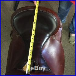Circle Y Western Saddle 16 seat, Semi Bars