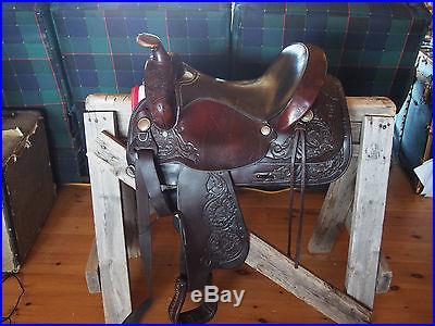 Circle Y Western Trail/Pleasure Saddle 15, Floral tooling, dark oil, vintage