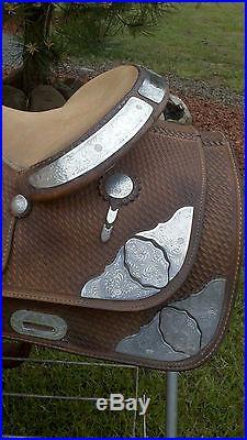 Crates Western Show Pleasure Trail 15.5 inch saddle