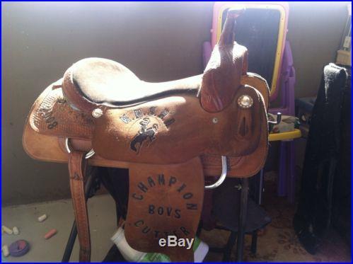 Cutting Saddle Court's Saddlery
