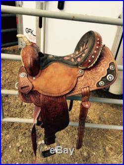 Double J Barrel Saddle