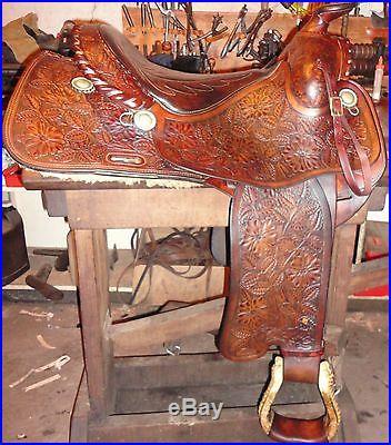 Fallis Balance Ride Western Saddle. Excellent condition. No Reserve