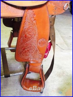 Gently Used Circle Y Saddle