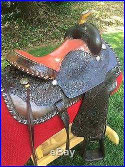 NO RESERVE VINTAGE CLEBURNE SADDLE 15.5 INCH SEAT COLLECTIBLE EQUINE