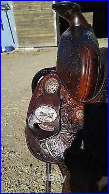 Ortho Flex Western Pleasure/ Show Saddle 16 inch seat