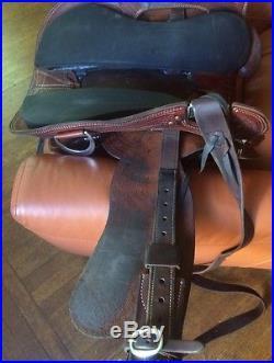 SPECIALIZED TEXAS WADE SADDLE Horse TW Saddlery 16-inch Seat