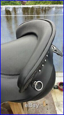 Spanish saddle 18 on DD leather buffalo black color on drum dye finished