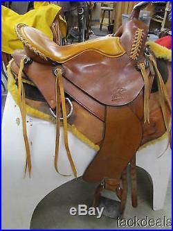 Synergist Trail Gaited Endurance Saddle 16 Wide & Matching Pad Lightly Used