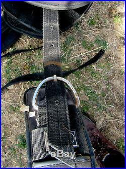 Treeless western endurance saddle synthetic no horn