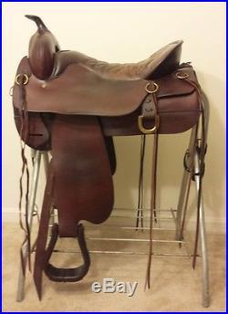 Tucker Cheyenne Springs Western Pleasure Trail Saddle, 17.5 EUC