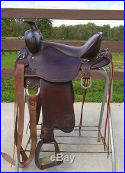 Tucker Trail saddle. High plains. Gen ll 15.5! NO RESERVE