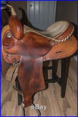 Used 15 Alamo Barrel Racing Saddle With Aluminum Stirrups and Cinch