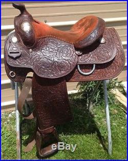 Used/vintage15 Dale Chavez Western show saddle hand tooled
